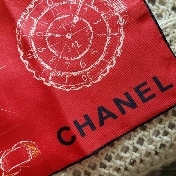 CHANEL Metiers d'Art Collection S/S2020 Silk Scarf